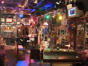 The interior of Kulak's