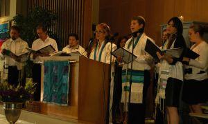 Leading the Nachshon Minyan choir