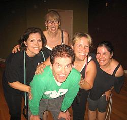 Robert Reames with Alice      , Sally Schaub, Sarah Barrett and   Photo: Karen Young