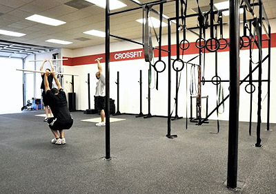 Pull-ups structure with rings.
