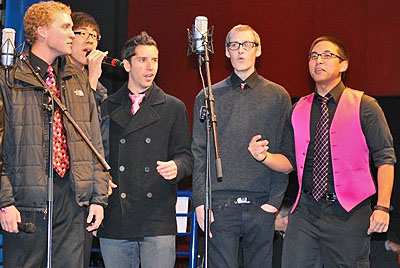 Brooks performing with UCLA's Scattertones at Univeral City Walk.