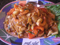 Thai Noodles.   Photos: Karen Young
