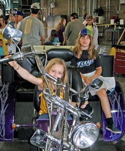 Chopper sisters.