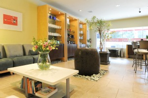 Entrance and waiting area at Belle Visage where there is complementary fruit infused water and healthy treats.