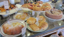 Pastries and cakes.