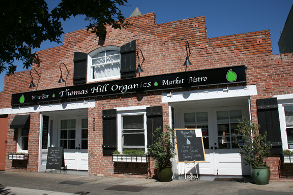 Front_of_Thomas_Hill_Organics_Bistrosmaller-1
